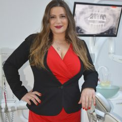 "Imagem da notícia: The Portuguese woman who ""calls the shots"" in dentistry worldwide"